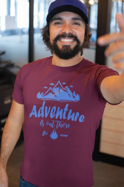 Camiseta para hombre de manga corta Adventure is out there Premium